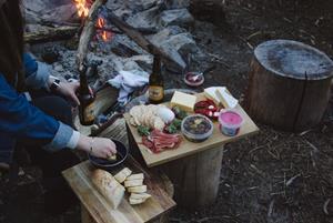 Camper beim Essen